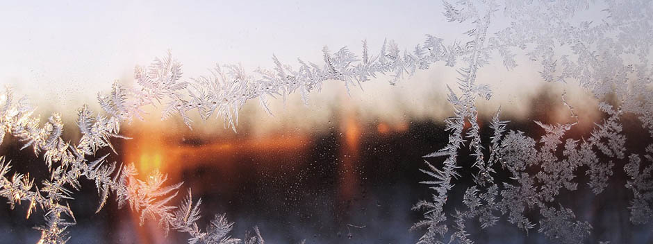 Here is How to Successfully Clean Your Windows in the Winter