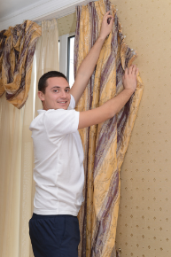 Curtains cleaning
